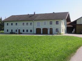Stadel Hof Altötting, Altötting (Kronberg yakınında)