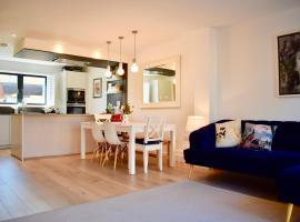 3 Bedroom House in Brighton sleeps 6, Hove