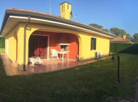 Casa Vacanza - casa Singola Albarella, Rosolina (Isola Albarella yakınında)