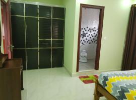 Rais guest house, Madikeri (рядом с городом Kav)