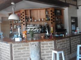Albergue Restaurante La Finca, Población de Campos (Boadilla del Camino yakınında)