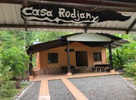 Casa Rodjany, Puerto Viejo (Hone Creek yakınında)