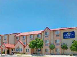 Microtel Inn & Suites by Wyndham Albuquerque West, Albuquerque
