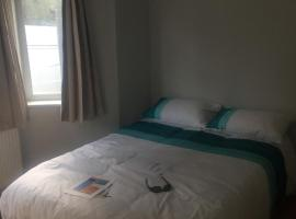 Romantic Rooms, Luton