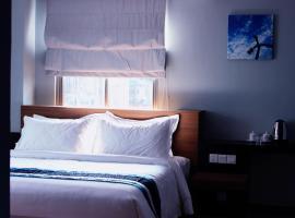 Hotel Azure