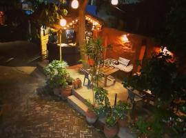 Phat Kath's Secret Garden Backpackers Hostel