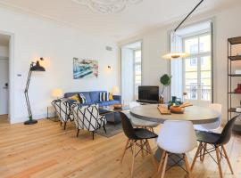 Bacalhoeiros 99 - Beautiful and bright Apartment @ Baixa, Chiado