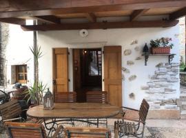 Casa Gio, Brentonico (Serravalle all'Adige yakınında)