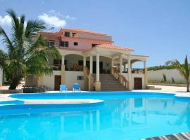 Hotel La Saladilla Beach Club, Santa Cruz de Barahona (Arroyo Seco yakınında)