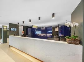 Belconnen Way Hotel & Serviced Apartments
