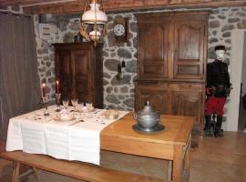 La Vieille Maison, Saint-Clément