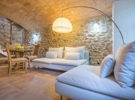 Fun, Stone Village Cottage, Cruïlles (La Bisbal yakınında)