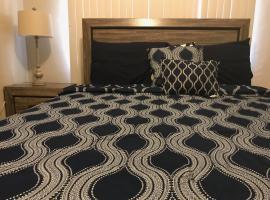 1 BEDROOM / 1 BATH . PRIVATE APT. FREE WIFI, INTERENT & PARKING