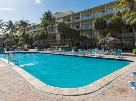 Days Hotel by Wyndham Thunderbird Beach Resort, Sunny Isles Beach