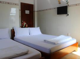 Truong Phat Motel
