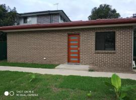 brand new one bedroom house with Aircondition, Riverwood (Revesby yakınında)