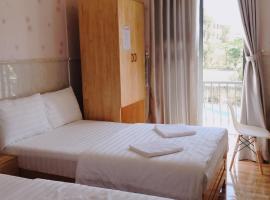 khách sạn Tân Thảo, Kon Rung (1)