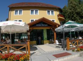 Hotel Risnjak, Делнице