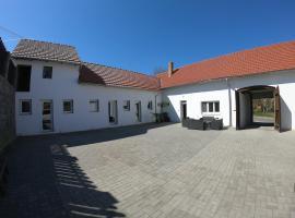 Moravske Toskansko, Stavěšice (Šardice yakınında)