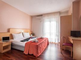 Hotel Ambasciatori, Castrocaro Terme (Fiumana yakınında)