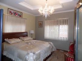 Billionaire's Suites, Jinja (Near Kagoma)