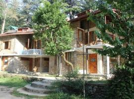 Cottage stay with perfect view of Nature, Mundaghat