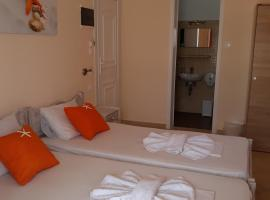 Eleni's Rooms, Antiparos Town