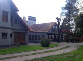 Casa Quinta en Zona Oeste, Paso del Rey (La Reja yakınında)