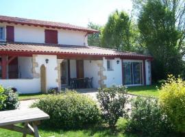 House Goiz-argi 4, Сар (рядом с городом Aïnhoa)