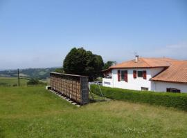 House Maison irazabalia 2, Hasparren (рядом с городом Macaye)