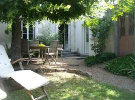 House Le peu 2, Эсвр (рядом с городом Truyes)