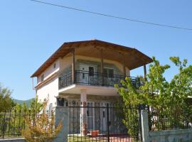 4 Colors House, Аспровальта (рядом с городом Врасна)
