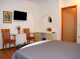Holiday room Macukin, Брела (рядом с городом Gornja Brela)