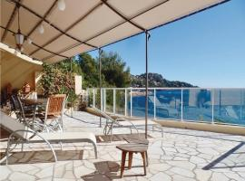 Four-Bedroom Holiday Home in Theoule, Espéro-Pax