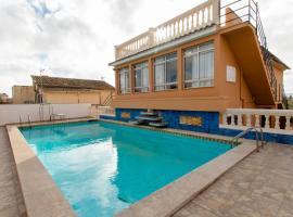Chalet para 12 con piscina, La Cabaneta