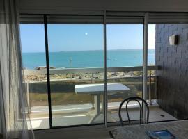 MAGIQUE ! Studio avec une vue mer exceptionnelle, Ploemeur (рядом с городом Lomener)