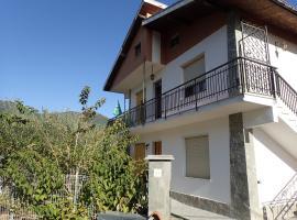 Casetta tra gli Ulivi vicina al Mare, Giustenice (Tovo San Giacomo yakınında)