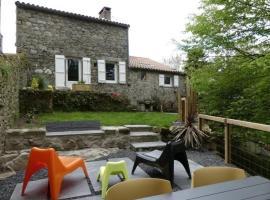 House La chambre au bois 2, Saligny (рядом с городом Les Lucs-sur-Boulogne)