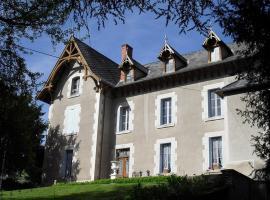 Chateau Arfeuilles, Arfeuilles