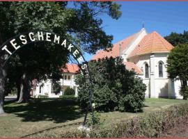 Teschemakers Resort