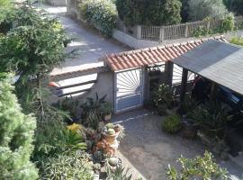 Home & Garden, Carbonia (Matzaccara yakınında)