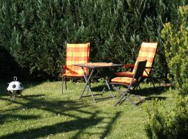 Ferienhaus *Wiesenblick* mit Garten & Terrasse, Wismar (Rüggow yakınında)