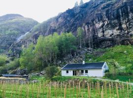 Aurland Apple Farm