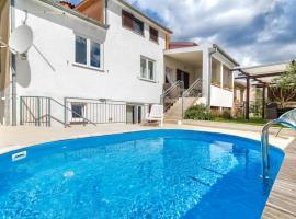 Apartment with privat Pool, Пореч (рядом с городом Antonci)