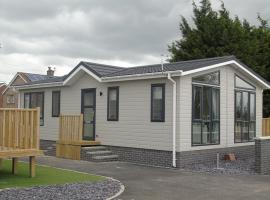 Hyattswood Lodges. Nr Brs/airport