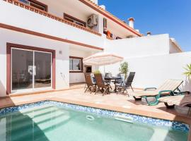 3 bed villa with private pool, short walk to beach, Luz (Near Burgau)