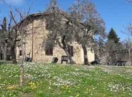 Casa Vacanze Porta Vecchia, Montalcino (Sant'Angelo in Colle yakınında)