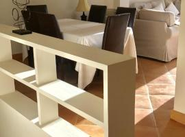 Villa 38, Casares