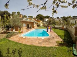 Fantastic House with Private Pool in Lloret de Mar, Vidreres