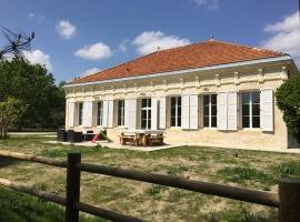 La maison de julia, Сен-Жан-д`Ияк
